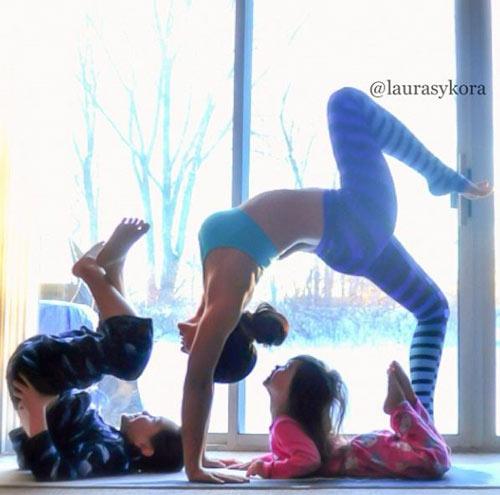 me 2 con dang dep hon mau nho yoga - 14