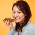 Làm đẹp - 'Ăn sôcôla tốt hơn hẳn ăn trái cây'