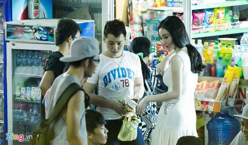 angela phuong trinh duoc ban dua di tap nhay - 4