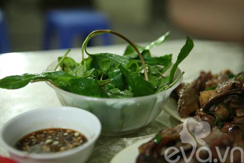 vit nuong thom lung pho hoang ngoc phach - 5