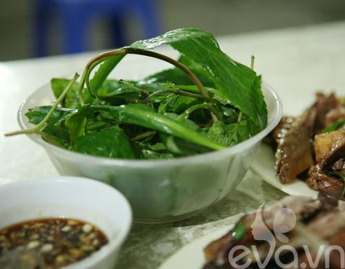 vit nuong thom lung pho hoang ngoc phach - 6