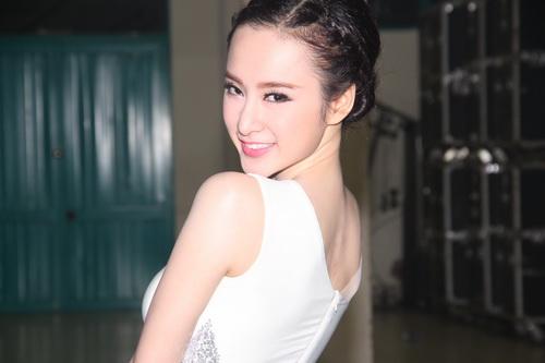 "angela phuong trinh: ""se tham gia bnhv 2015"" - 4"