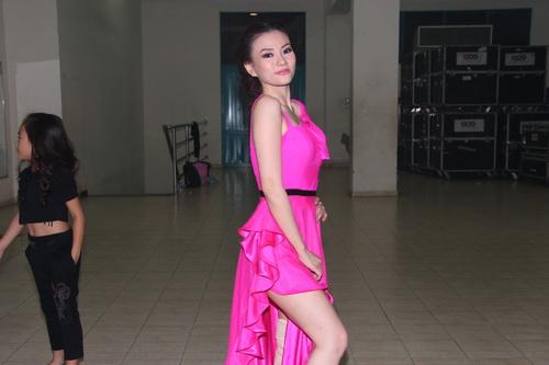 "angela phuong trinh: ""se tham gia bnhv 2015"" - 13"
