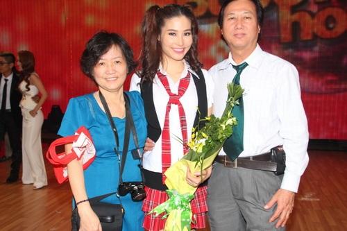 "angela phuong trinh: ""se tham gia bnhv 2015"" - 9"