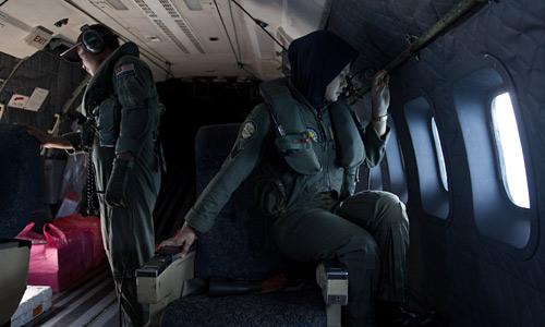 "mh370 ""xe toang"" luoi phong khong cua malaysia - 1"