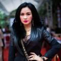 Làng sao - Thanh Lam tự hào khoe vòng một căng đầy