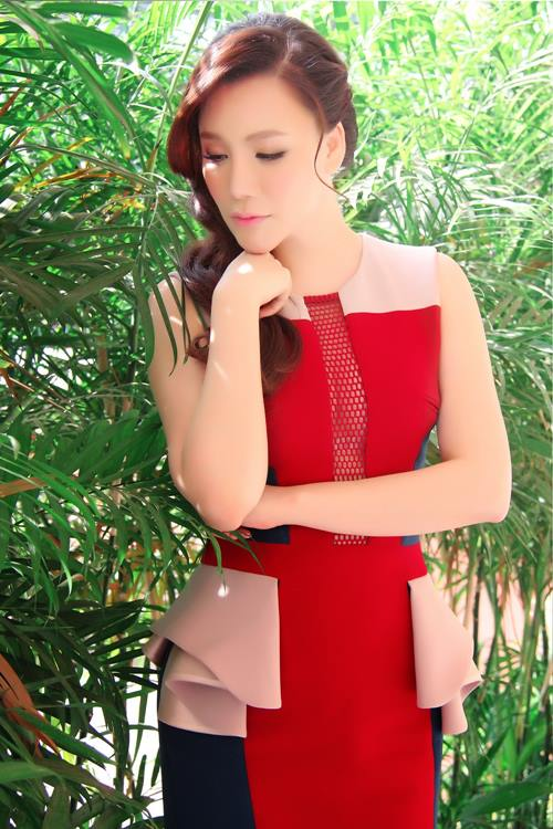 "ho quynh huong ""chat chem"" pha le tren ghe nong - 2"