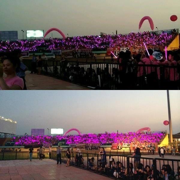 """snsd """"lam mua lam gio"""" san khau hec korea festival - 39"""
