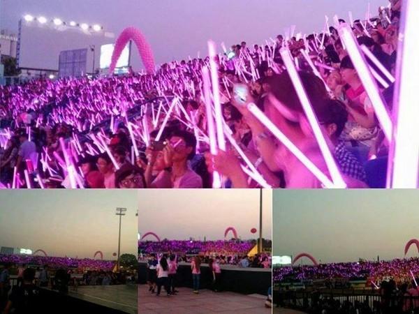 """snsd """"lam mua lam gio"""" san khau hec korea festival - 40"""