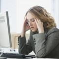 Sức khỏe - Stress gây đau đầu thường xuyên