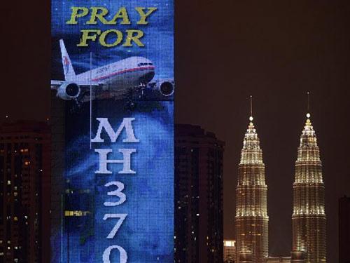 malaysia giau gi trong khoang cho hang mh370? - 2