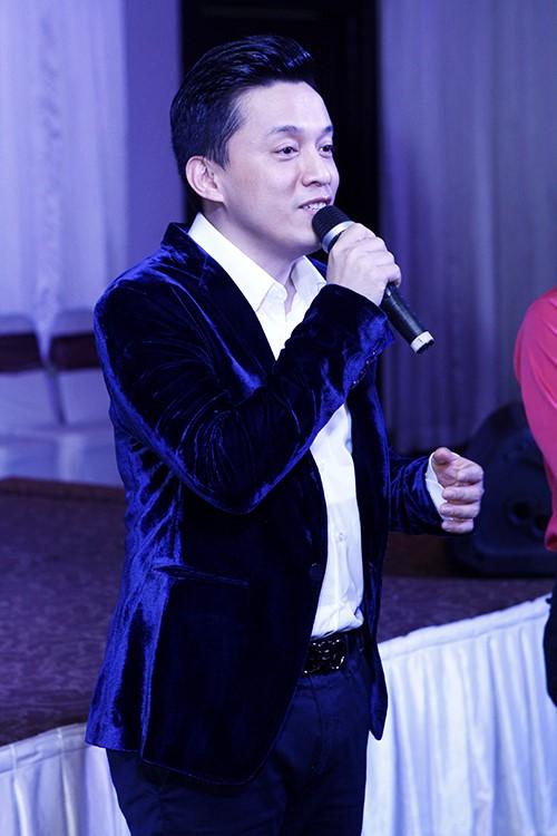 "lam truong lam liveshow khien fan phat ""sot"" - 9"