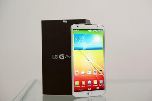 4 smartphone man hinh lon sap ban o viet nam - 1
