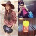 """Thời trang - Sao Việt bị """"hút"""" bởi ốp điện thoại thời trang"""