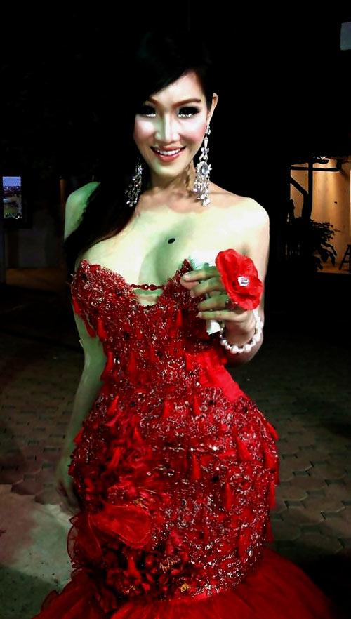soc: anh linh thai chuyen gioi thanh hot girl - 5