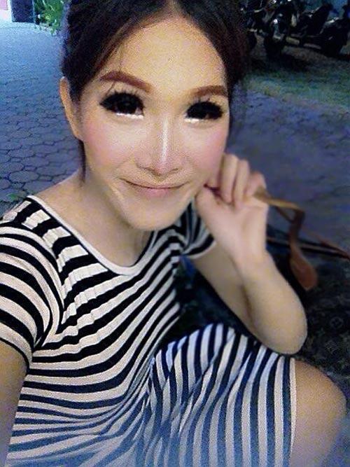 soc: anh linh thai chuyen gioi thanh hot girl - 9