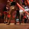 Tin tức - Một ngày 'tủi nhục' của gái mại dâm đứng đường