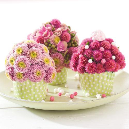cam hoa cupcakes don gian ma dep nha - 6