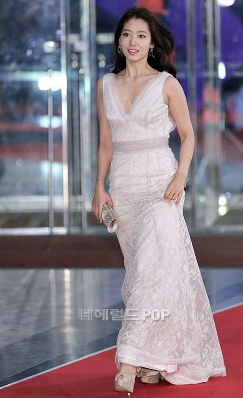 """minh tinh trai dat"" jeon ji hyun chien thang daesang - 11"