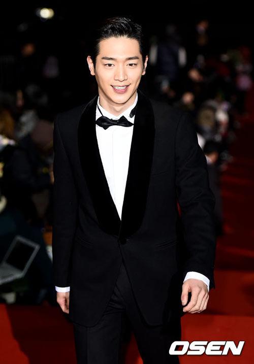cap sao giay thuy tinh chien thang tai kbs drama awards - 9