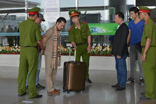 "long nhat khoe ""nguoi tinh"" moi, hung cuu long ""het thoi"" vai phu - 12"