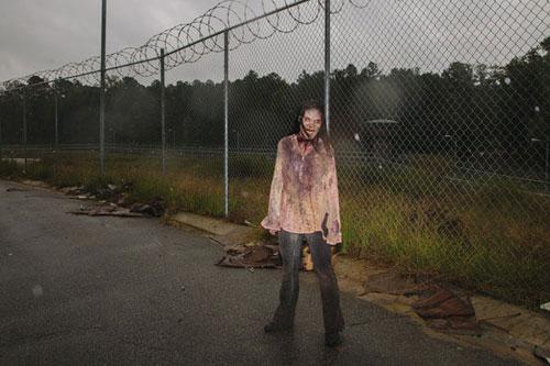 thu thuat hoa trang thanh zombie trong phim my - 1