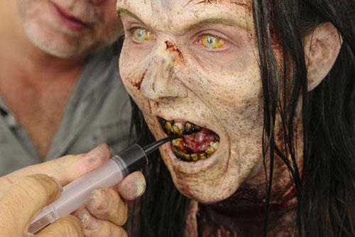 thu thuat hoa trang thanh zombie trong phim my - 13