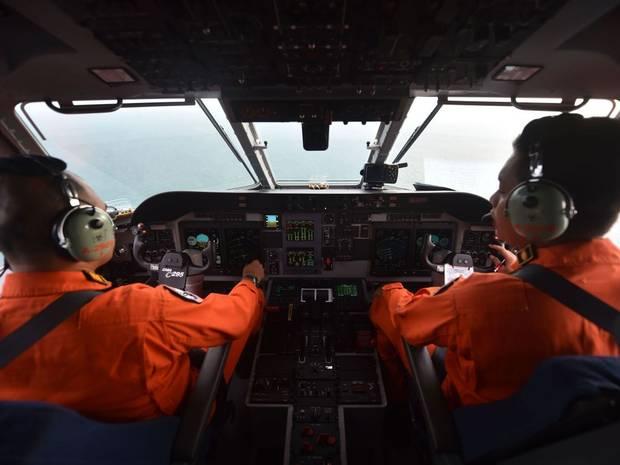 he lo nguyen nhan qz8501 dot ngot lao xuong bien - 3