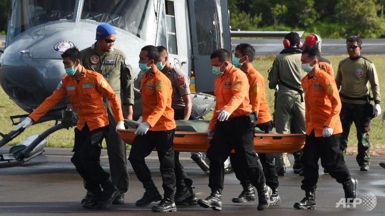 he lo nguyen nhan qz8501 dot ngot lao xuong bien - 2