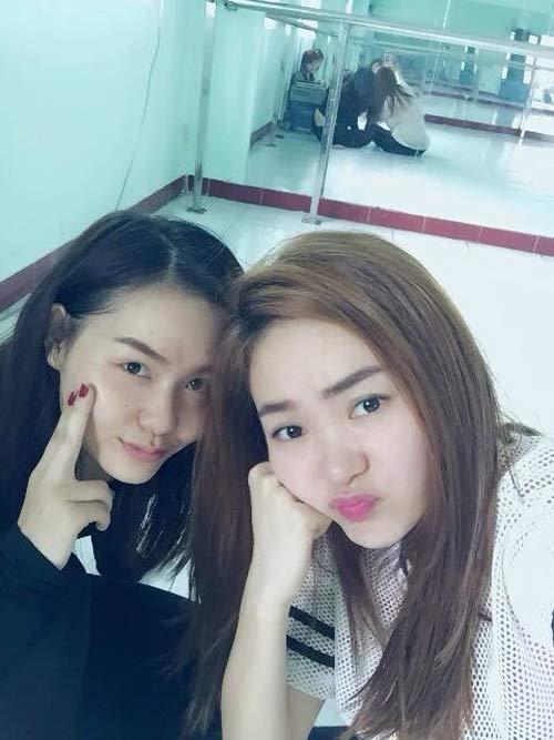 hai con hong nhung tinh nghich chui gio may - 11