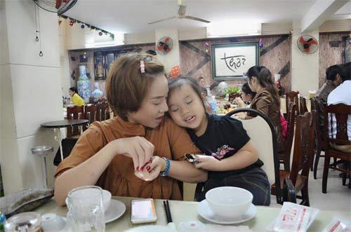 hai con hong nhung tinh nghich chui gio may - 6