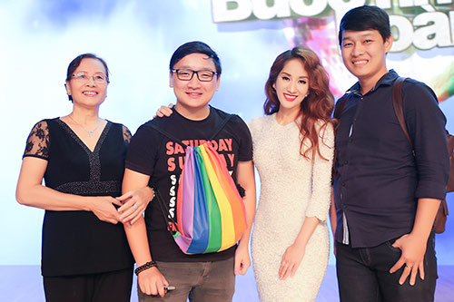 mai phuong thuy van quyen ru du chia tay showbiz - 13