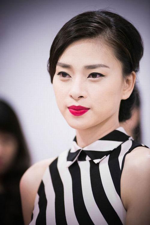 top 6 my nhan tuoi mui hot nhat showbiz viet - 1