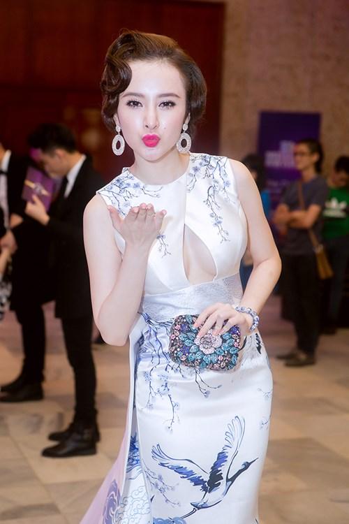 angela phuong trinh long lay nhu ba hoang tren tham do - 5