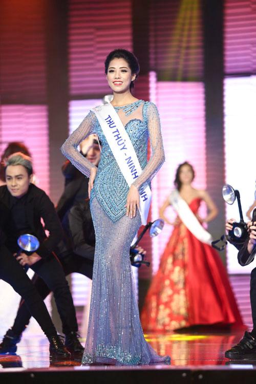 lan khue dai dien viet nam thi hoa hau the gioi - 15