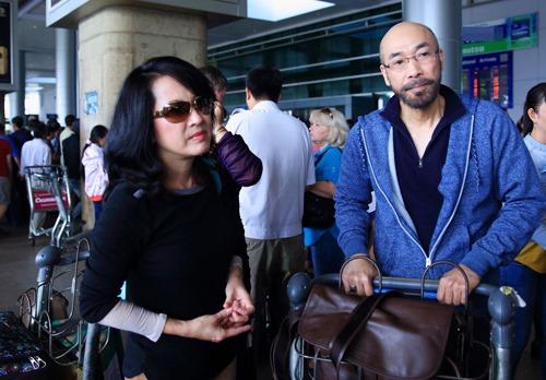 trinh nam son khong song ca cung ban gai trong liveshow - 1