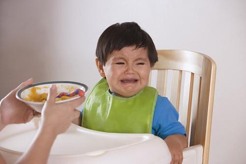 Chỉ có mẹ mới dạy con ăn uống hư hỏng - 1