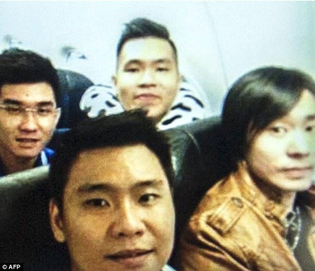 nu cuoi cuoi cung cua hanh khach chuyen bay qz8501 - 1