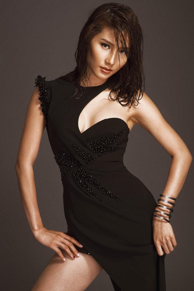 Nữ diễn viên vừa cho ra mắt bộ theo phong cách sexy với những chi tiết cut out táo bạo
