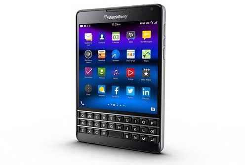blackberry passport duoc thiet ke lai nu tinh hon - 1