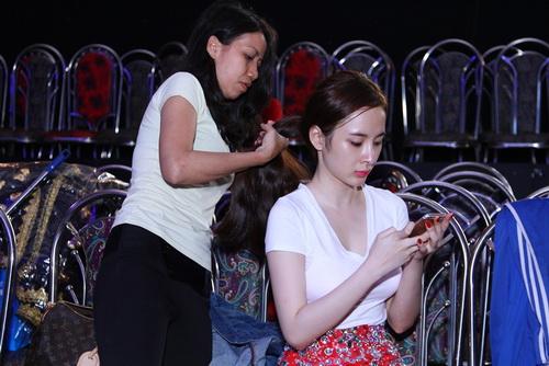 angela phuong trinh mat sung hup vi scandal tinh ai - 7