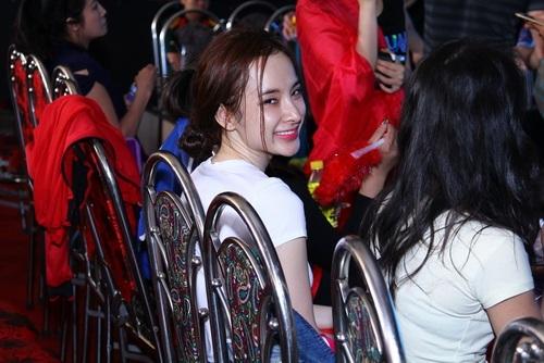 angela phuong trinh mat sung hup vi scandal tinh ai - 8
