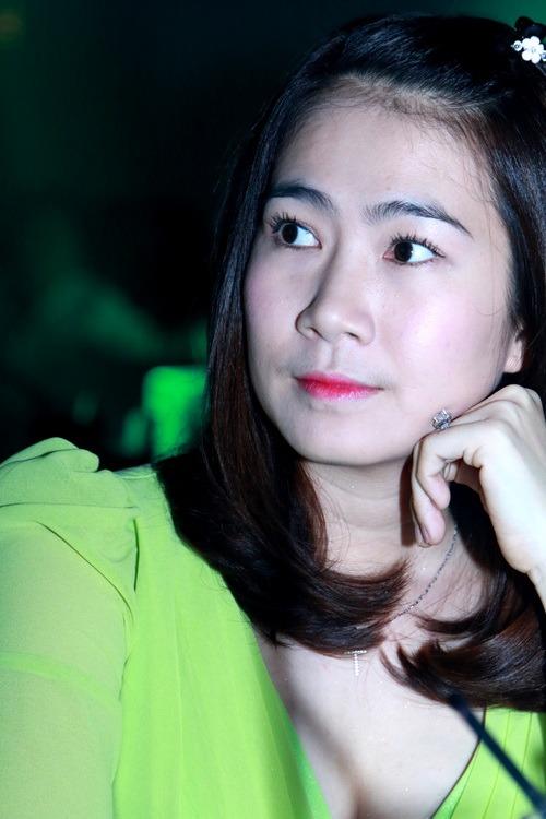 """hh huong giang vai tran goi cam de bi """"ghen ti"""" - 13"""