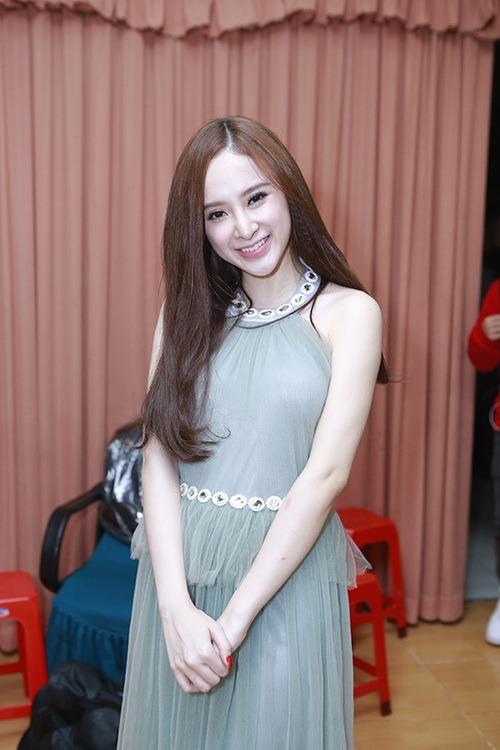 angela phuong trinh tuoi roi sau scandal tinh ai - 2
