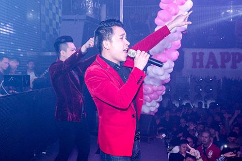 nathan lee banh bao, the men chap nhan huy show - 11