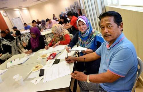 phu huynh singapore  do xo di hoc lai tieu hoc - 2