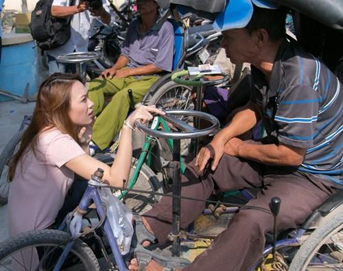 my tam doi nang ban ve so giup nguoi ngheo - 2