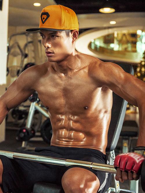 hot boy taekwondo viet nam khoe body 6 mui nong bong - 6