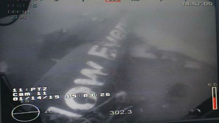 da tim thay than may bay airasia qz8501 duoi bien - 2
