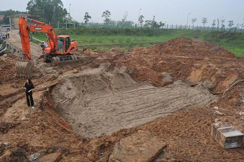 Hà Nội: Lại vỡ đường ống, 70.000 hộ dân mất nước-1